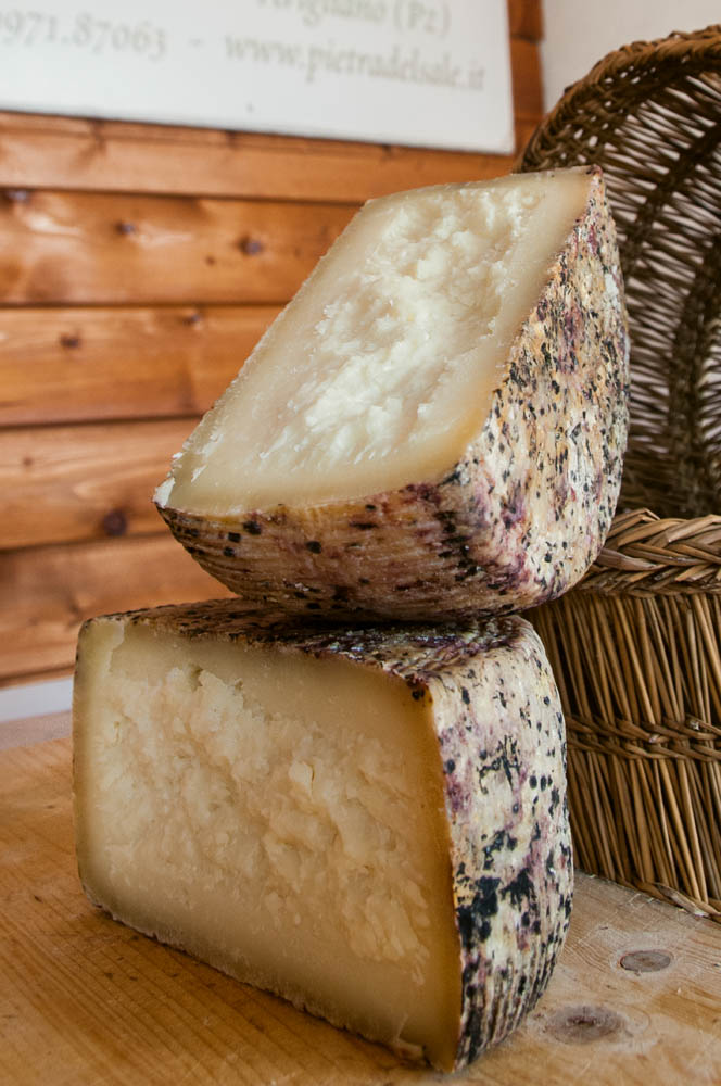 Fiorito cheesemakers, typical products